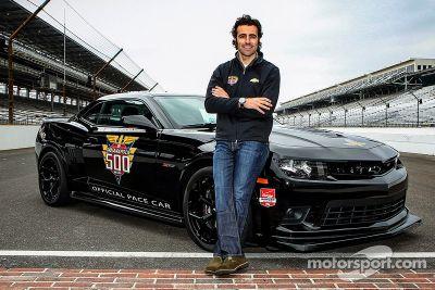 Dario Franchitti Indy 500 hız aracını sürüyor