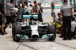 Boxenstopp-Training: Nico Rosberg, Mercedes AMG F1 W05