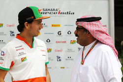 Sergio Perez, Sahara Force India F1; Muhammed Al Khalifa, Bahrain Circuit, Geschäftsführe