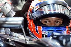 Jenson Button, McLaren, MP4-29