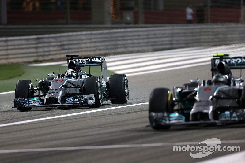 Lewis Hamilton, Mercedes AMG F1 W05; Nico Rosberg, Mercedes AMG F1 W05