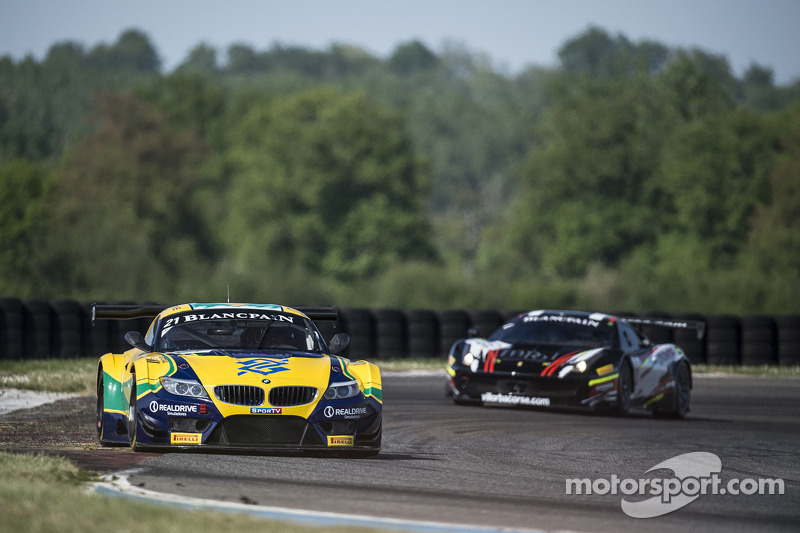 #21 BMW Sports Trophy Team Brasil BMW Z4: Nelson Piquet Jr., Matheus Stumpf