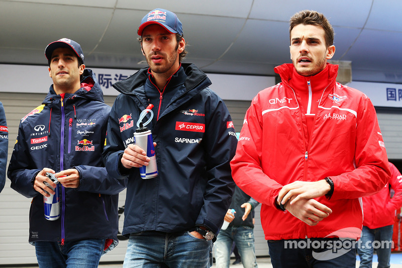 Daniel Ricciardo, Red Bull Racing with Jean-Eric Vergne, Scuderia Toro Rosso and Jules Bianchi, Marussia F1 Team on the drivers parade.