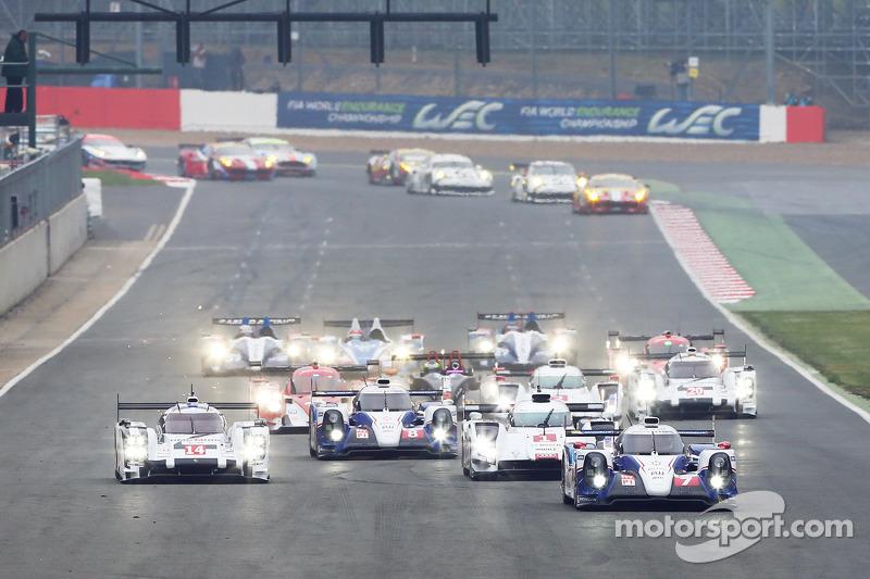 Via: #7 Toyota Racing Toyota TS040 Hybrid: Alexander Wurz, Stéphane Sarrazin, Kazuki Nakajima al comando
