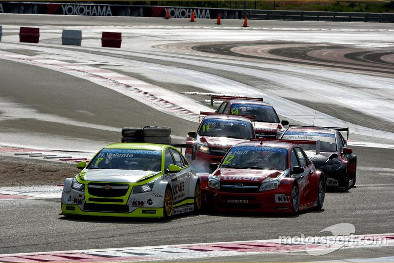 Hugo Valente, Chevrolet RML Cruze TC1, Campos Racing ve Robert Huff, LADA Granta 1.6T, LADA Sport Lu