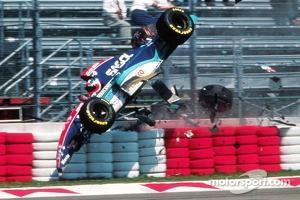 Rubens Barrichello, Jordan involved in a huge crash