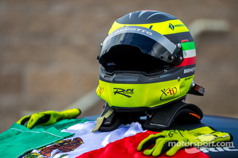 Helmet of Ricardo Perez