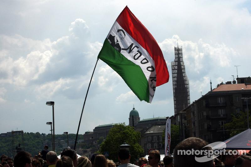 Budapest Street Parade, Fãs de Norbert Michelisz, Honda Civic WTCC, Zengo Motorsport