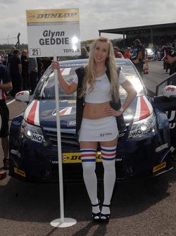 United Autosport ragazza