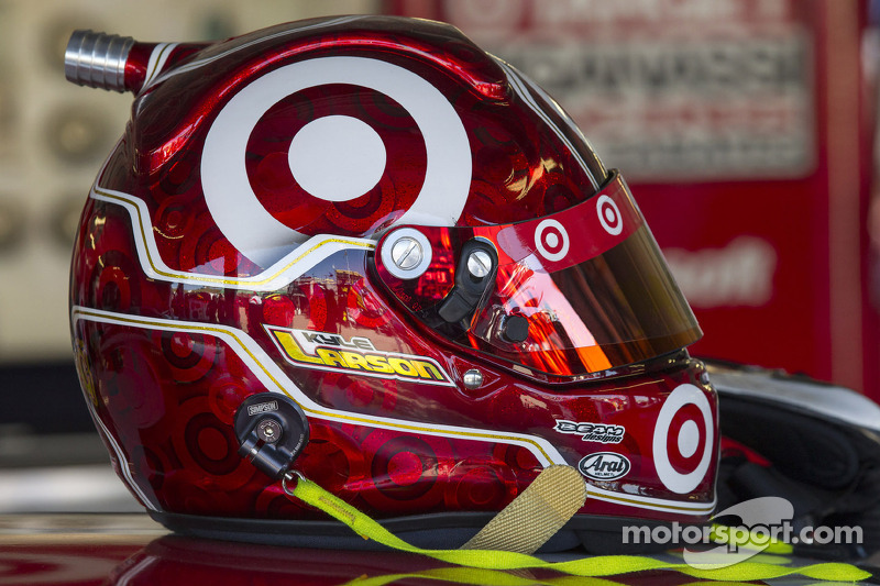 Helmet of Kyle Larson, Ganassi Racing Chevrolet