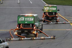 Air Titans on pit road