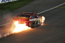 Jamie McMurray, Ganassi Racing Chevrolet in trouble