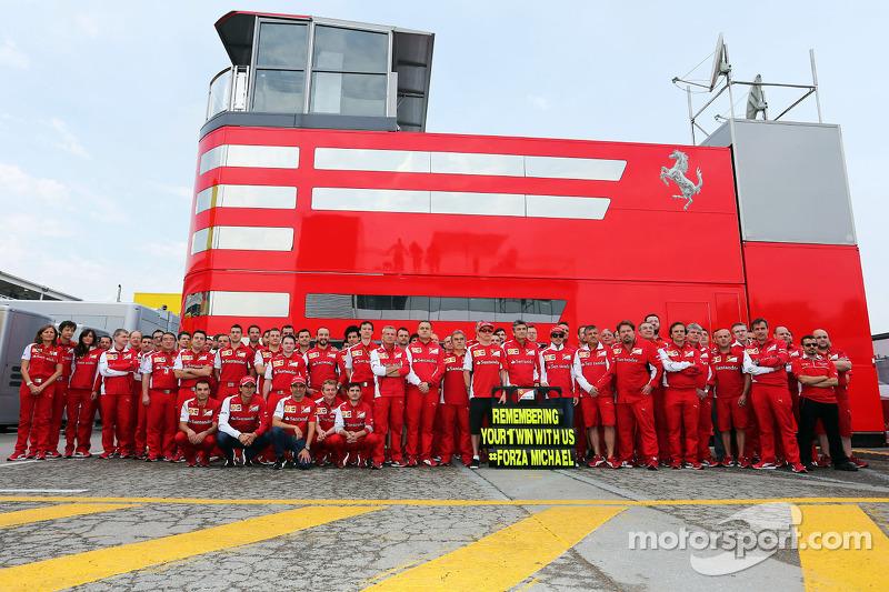 Il team Ferrari ricorda il 1996, GP di Spagna a Barcellona, dove Michael Schumacher, ha vinto il s