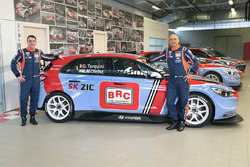 Gabriele Tarquini, BRC Racing Team, Norbert Michelisz, BRC Racing Team, Hyundai i30 N TCR