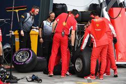 Ferrari Engineers with Pirelli Engineers and Pirelli tyres