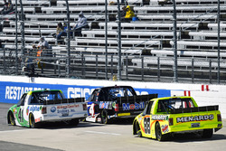 Ben Rhodes, ThorSport Racing, Ford F-150, Todd Gilliland, Kyle Busch Motorsports, Toyota Tundra Mobil 1 and Matt Crafton, ThorSport Racing, Ford F-150 Ideal Door/Menards