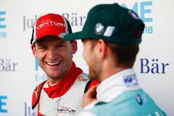 Maro Engel, Venturi Formula E Team, talking to Tom Blomqvist, Andretti Formula E Team, in the media pen