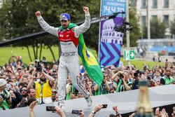 Lucas di Grassi, Audi Sport ABT Schaeffler, in 2nd place
