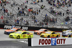 Paul Menard, Wood Brothers Racing, Ford Fusion Menards / Dutch Boy, Joey Logano, Team Penske, Ford Fusion Autotrader, Daniel Suarez, Joe Gibbs Racing, Toyota Camry ARRIS, and Michael McDowell, Front Row Motorsports, Ford Fusion Love's Travel Stops