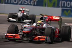 Michael Schumacher, Mercedes AMG F1 W01, Lewis Hamilton, McLaren MP4-25