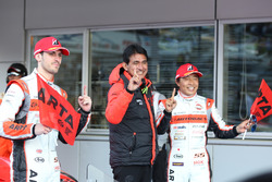 GT300 race winners #55 Autobacs Racing Team Aguri BMW M6 GT3: Shinichi Takagi, Sean Walkinshaw