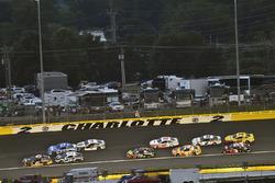 Matt Kenseth, Roush Fenway Racing, Ford Fusion Clint Bowyer, Stewart-Haas Racing, Chevrolet Camaro Stewart-Haas Racing Fan Club
