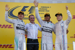 Nico Rosberg, Mercedes AMG F1, Paddy Lowe, Mercedes AMG F1 Executive Director, race winner Lewis Hamilton, Mercedes AMG F1 and Valtteri Bottas, Williams celebrate on the podium