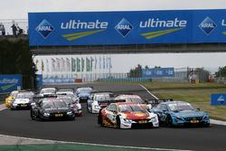 Start action, Augusto Farfus, BMW Team RMG, BMW M4 DTM, Gary Paffett, Mercedes-AMG Team HWA, Mercedes-AMG C63 DTM
