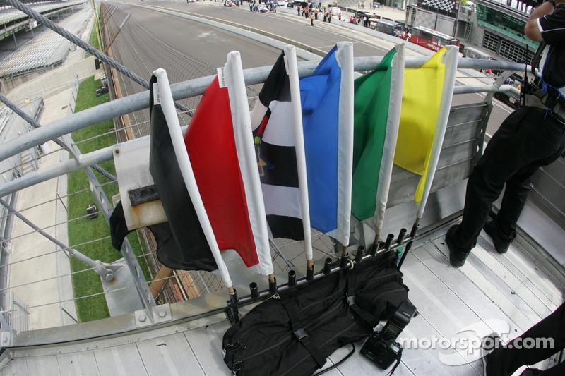 Bandiere sul piedistallo