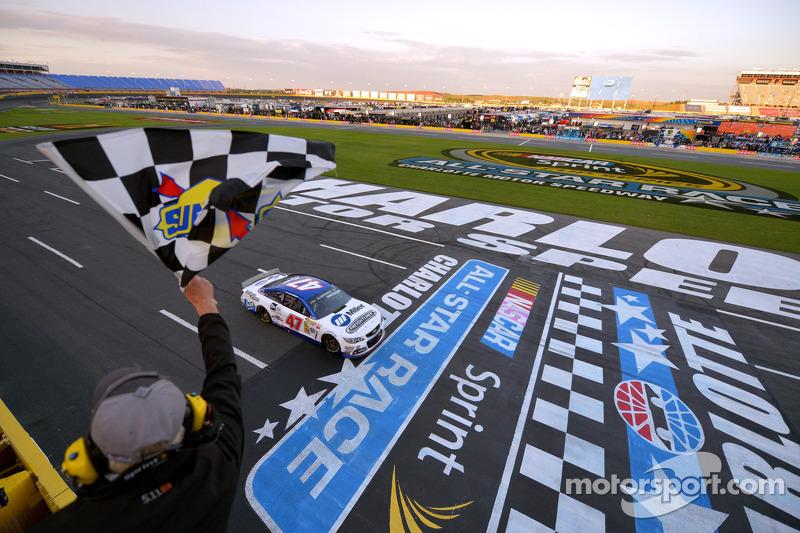 A.J. Allmendinger, JTG Daugherty Racing Chevrolet takes second place
