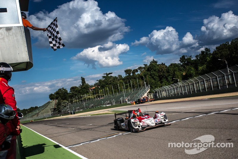 #24 塞巴斯蒂安·勒布 Racing Oreca 03 日产: 扬·哈劳兹, 维森特·卡皮莱尔 获得第二
