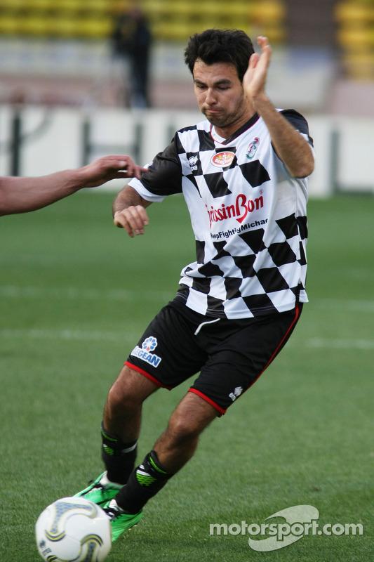 Sergio Perez, Sahara Force India F1, alla partita di calcio benefica