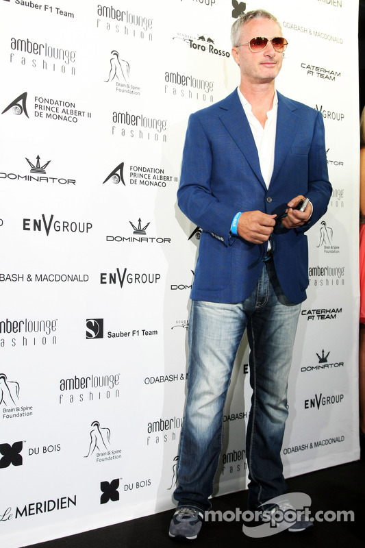 Eddie Irvine, no Amber Lounge Fashion Show