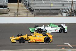 Ryan Hunter-Reay, Andretti Autosport Honda and Carlos Munoz, Andretti Autosport Honda