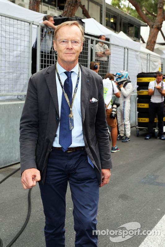 Ari Vatanen, ex-campeão mundial de Rally no grid