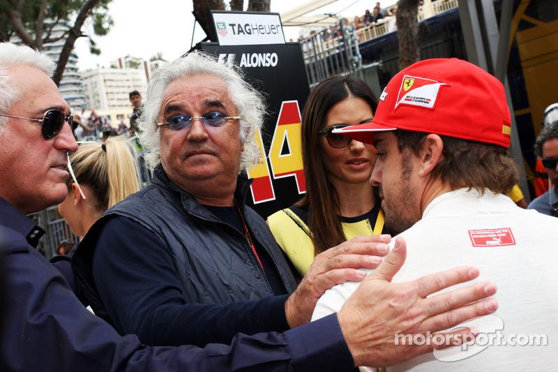 Flavio Briatore, con su esposa, Elisabetta Gregoraci, y Fernando Alonso, Ferrari
