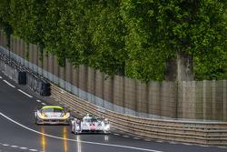 #1 奥迪运动部 Joest 奥迪 R18 E-Tron Quattro: 卢卡斯·迪格拉西, 罗伊克·杜瓦尔, 汤姆·克里斯滕森, #53 RAM Racing 法拉利 458 Italia: 乔尼·莫勒姆, 马克·帕特森, 阿奇·汉密尔顿