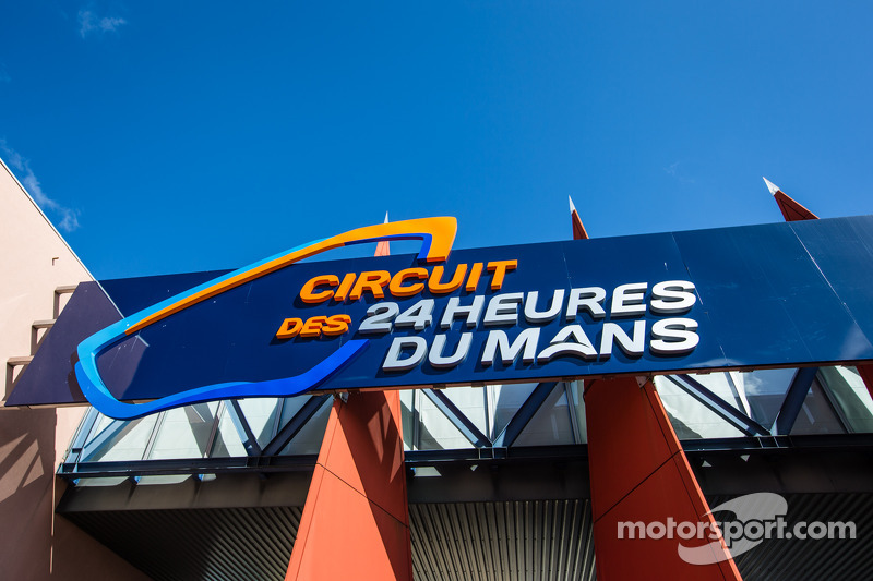 Circuit des 24 Heures du Mans pist ana girişi