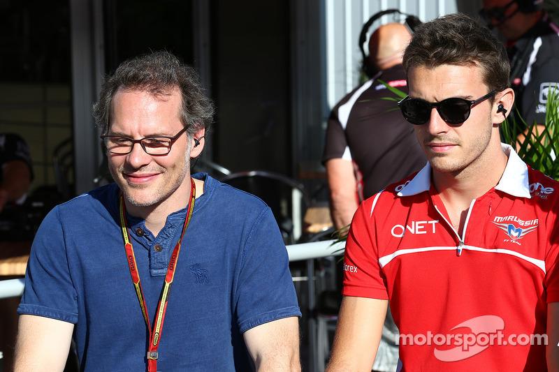 Jacques Villeneuve, con Jules Bianchi, Marussia F1 Team