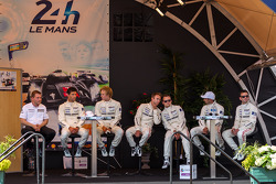 Timo Bernhard, Mark Webber, Brendon Hartley, Romain Dumas, Neel Jani, Marc Lieb