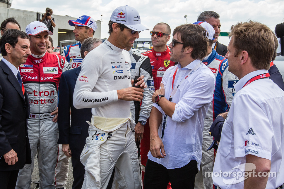 Mark Webber and Fernando Alonso discuss