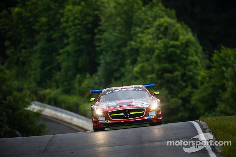 #31 Car Collection Motorsport Mercedes-Benz SLS AMG GT3: Peter Schmidt, Christian Bracke, Heinz Schm