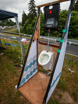 A toilet on the trackside