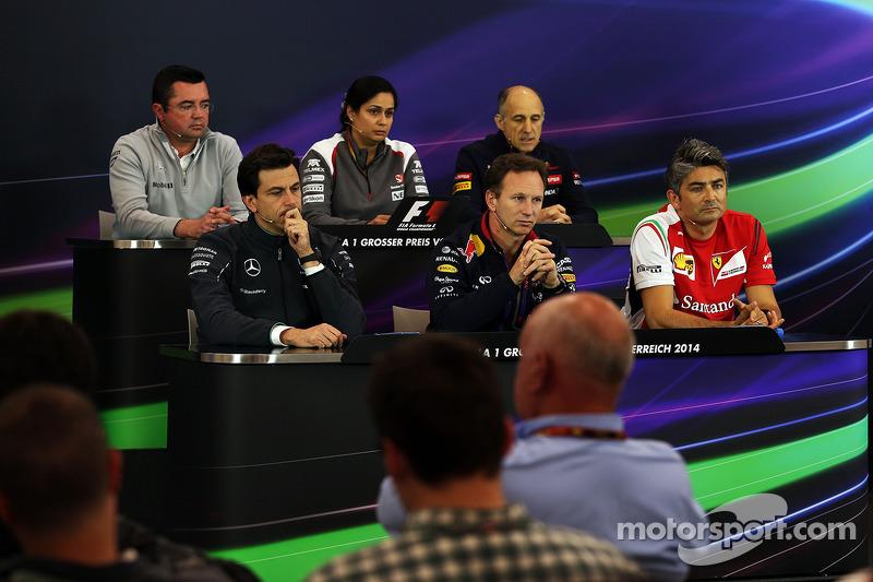 La conferenza stampa FIA, McLaren Racing Director; Monisha Kaltenborn, Sauber Team Principal; Franz