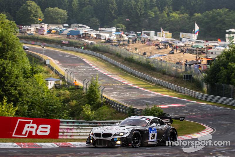 #20 Schubert Motorsport 宝马 Z4 GT3: 延斯·克林曼, 多米尼克·鲍曼, 克劳迪奥·许尔特根, 马丁·汤姆齐克