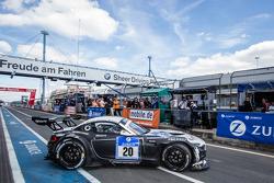 #20 Schubert Motorsport 宝马 Z4 GT3: 延斯·克林曼, 多米尼克·鲍曼, 克劳迪奥·许尔特根, 马丁·汤姆齐克 重返赛道