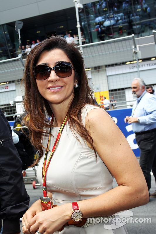 Rafaela Bassi, esposa de Bernie Ecclestone, no grid
