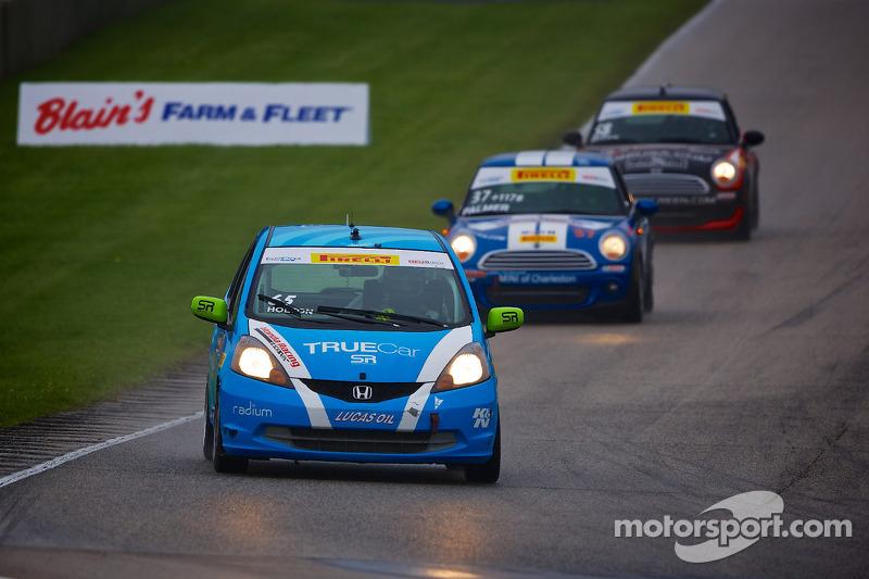#65 Shea Racing 本田 Fit: 保罗·霍尔顿
