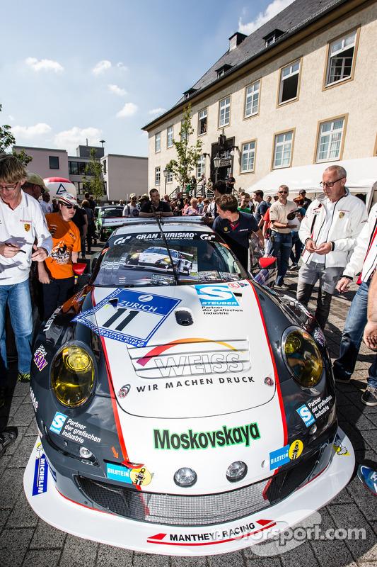 #11 Wochenspiegel Team Manthey Porsche 911 GT3 RSR