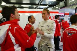 Max Chilton, Marussia F1 Team festeggia durante le qualifiche
